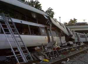 June_22,_2009_WMATA_Collision_-_NTSB_accident_photo_422860