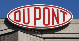 Dupont settles c8 contamination lawsuit with little hocking water district